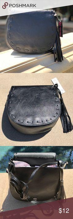 952b72c6f No boundaries black small flap purse nwt