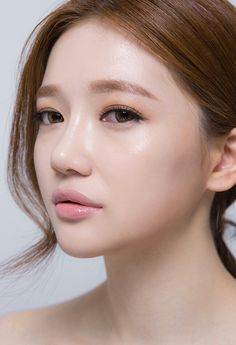 Korean Makeup Look, Korean Beauty, Asian Beauty, Bride Makeup Asian, Asian Makeup, Beauty Makeup, Hair Makeup, Hair Beauty, Ulzzang Makeup