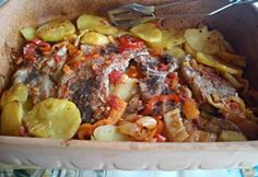 9 pataki tálas recept, ideje előszedni a szekrényből Pressure Cooker Recipes, Slow Cooker, Meat Recipes, Cooking Recipes, Hungarian Recipes, Ciabatta, Crockpot, Sausage, Pork