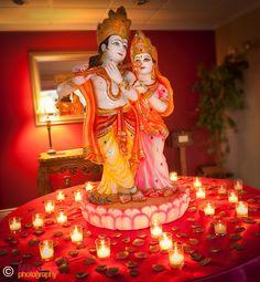 beautiful RadhaKrishna murti for garba