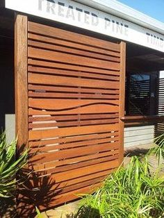 Merbau privacy screens by Wood Duck Woodcraft, Sunshine Coast, Queensland Australia