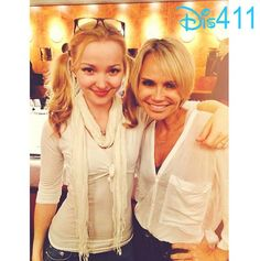 Photos: Dove Cameron Had Dinner With Kristin Chenoweth May 26, 2014