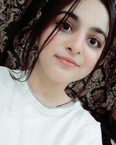 Cute Girl Poses, Cute Girl Pic, Cute Girls, Azerbaijan Flag, Black Wallpaper Iphone, Beautiful Dresses For Women, Girls Image, Girl Pictures, Beautiful Images