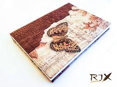 90 LEI | Jurnale handmade | Cumpara online cu livrare nationala, din Timisoara. Mai multe Papetarie in magazinul Rix pe Breslo.