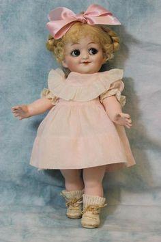 Antique 9 5 Inch Gebruder Heubach Googly Doll 10730 Sleep Eyes Size 0 c 1915 Old Dolls, Antique Dolls, Vintage Dolls, Doll Toys, Baby Dolls, Porcelain Dolls Value, Period Outfit, Kewpie, Bisque Doll