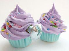 Cupcake knobs!!