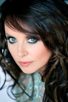 Sarah Brightman - One of the best concerts I ever attended - Denver 1998 - I LOVE HER VOICE