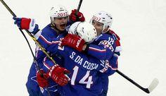 Hockey : immense exploit des Bleus !  L'équipe de France de hockey sur glace a réussi l'une des plus grandes performances de son histoire en battant les invicibles Canadiens lors de la première journée du Mondial en Biélorussie.