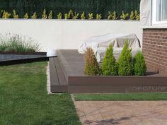 Tarima composite en madera exterior. Entarimado en jardin .  http://www.neoture.es/productos/tarimas/neomeck-2/