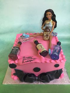 24 Ideas for party girl cake drunk Funny Birthday Cakes, Adult Birthday Cakes, 18th Birthday Party, Happy Birthday Gifts, Drunk Barbie Cake, Barbie Funny, Summer Party Appetizers, Liquor Cake, 21st Bday Ideas