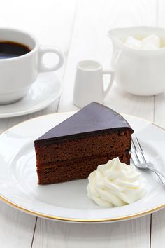 Sachertorte Recipe —Find this Austrian classic in Vienna's coffeehouses, on Viking's Longships or, better yet, in your kitchen! Baking Recipes, Cake Recipes, Dessert Recipes, Kitchen Recipes, Sacher Torte Recipe, Austrian Desserts, Austrian Recipes, Köstliche Desserts, Tea Time