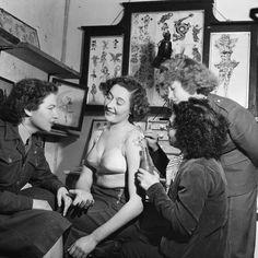 Britain's Jessie Knight tattooing women during World War II.