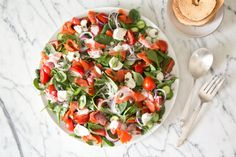 Deconstructed Bagel and Lox Salad - Best traditional USA dishes! New Recipes For Dinner, Whole 30 Recipes, Great Recipes, Favorite Recipes, Healthy Appetizers, Healthy Salads, Healthy Eating, Healthy Recipes, Healthy Lunches