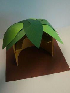 Zitplek voor natuurliefhebbers. Materiaal: karton en foamplaat.
