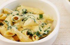 Penne ao creme de espinafre com três queijos | Panelinha - Receitas que funcionam