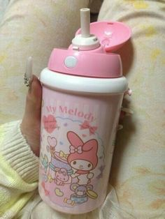 cute my melody sippy cup Little Doll, Little My, Ddlg Little, Accessoires Barbie, Hello Kitty Items, Hello Kitty Makeup, Daddys Little Girls, Baby Boys, Baby Bottles