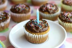 Healthy but taste like traditional cupcakes her hubby's fav-protein packed. Oatmeal with a Fork