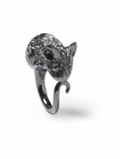 Oh god, I love animal jewelry with such a sickening passion.