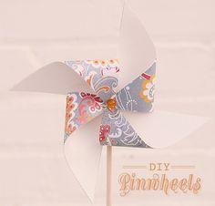 Decoración con molinillos de viento de papel