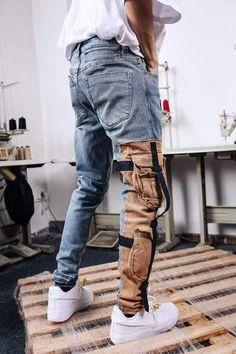 Strapped Denim Cargo Pants My Style Estilo Fashion, Denim Fashion, Ideias Fashion, Fashion Outfits, Mode Streetwear, Streetwear Fashion, Denim Cargo Pants, Men's Pants, Cargo Pants Outfit Men