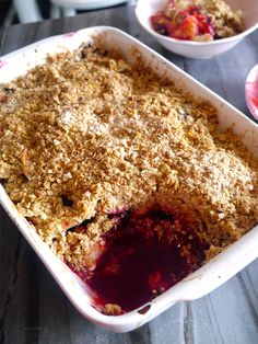 This Apple and Blackberry Crumble is a perfect dessert for chilly winter nights. Warm cinnamon scented apples and juicy blackberries with a crispy oat topping. Delicious!