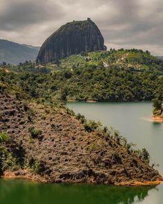 ▷ 20 Pueblos más bonitos de Colombia del 2020 - Travelgrafía Colombia Country, Colombia Travel, Travel Advice, Scuba Diving, Where To Go, Backpacking, Places To Visit, River, Explore