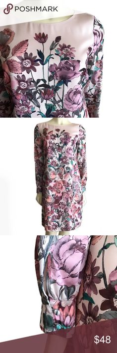 """346 B r o o k s B r o t h e r s • D r e s s • Sz 4 346 Brooks Brothers floral dress Sz 4. Fully lined. 100% Polyester. Dry clean only. Measurements flat ; Length 37"""" Chest 18"""" Brooks Brothers Dresses Midi"""