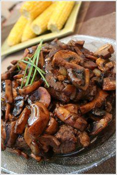 Steak with Balsamic Mushroom Sauce