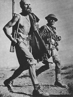 Allied soldiers walking in the desert of Bir Hakeim June 13, 1942 during the Libyan campaign - pin by Paolo Marzioli