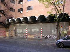 Techumbre de arcos en Pedro Diez Foto Madrid, Street View, Urban Landscape, Arches, Cities, Scenery