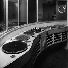 Interior of BBC Broadcasting House in 1932