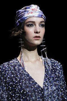 Giorgio Armani Spring 2017 Ready-to-Wear Accessories Photos - Vogue                                                                                                                                                                                 More