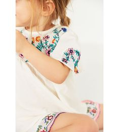 BLOUSE WITH FLORAL EMBROIDERY-SUMMER COLLECTION-BABY GIRL | 3 months - 4 years-KIDS | ZARA United States