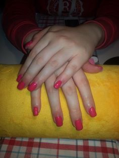 Nice colour, coral red on gel nails.