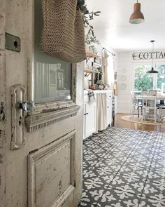 I just want to say THANK YOU soooo much for all your support yesterday after I shared all about havi. Modern Farmhouse, Farmhouse Style, Farmhouse Decor, Rustic Modern, Cottage Kitchens, Dream Kitchens, Country Decor, Country Living, Cozy Cottage