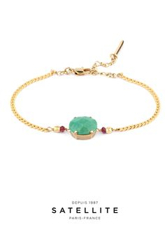 Give yourself a boost with this Satellite bracelet with a turquoise cabochon and delectable garnets. #bracelet #bijoux #jewelry