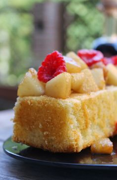 Cake with caramelized pears,balsamic vinegar and raspberry
