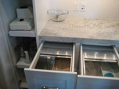 love this baking station - drawers for sugar, flour, wheat. pull outs for bosch & other machines