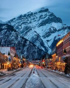 Places To Travel, Places To See, Travel Destinations, Fotos Do Canada, Parc National De Banff, Banff Canada, Canada Snow, Winter Scenery, Roadtrip