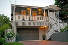 Raised up idea vertical timber to make upper portion more balanced. Exterior Paint Colors, Exterior House Colors, Interior And Exterior, Paint Colours, Weatherboard House, Queenslander, Front Verandah, Front Deck, Storey Homes