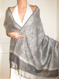 Buy evening shawl wraps pashminas on sale in many unique designer weaves. Look beautiful in original one of a kind shawls.