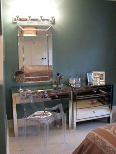 Mirrored Makeup vanity joint to dresser