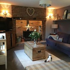 Cosy Cottage Living Room - Beautiful DIY Ideas For Your Fireplace Living Room Decor Country, French Country Living Room, Cottage Living Rooms, My Living Room, Home And Living, Small Living, Country Decor, Country Furniture, Country Kitchen