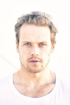 """stewartandclarke: """""""" """"I'd like to be remembered as someone who made a difference and left the world a better place… and was a reasonably good actor. Sam Heughan Outlander, Outlander Series, Jaime Fraser, Sam And Cat, Actors Male, Samheughan, Dream Guy, Best Actor, Perfect Man"""