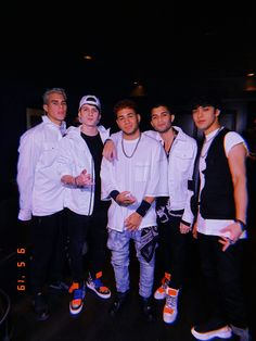 Read chat 18 from the story CNCO Y TÚ 💕 (WhatsApp con CNCO y una CNCOwner) by (T I N I) with 413 reads. James Arthur, Ricky Martin, I Love You All, Big Love, Ed Sheeran, Little Mix, Brian Christopher, Artsy Photos, Funny Me