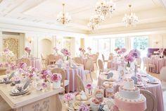 フォトギャラリー | 大阪の結婚式場・ウェディング「アニヴェルセル 大阪」 Bridesmaid Dresses, Wedding Dresses, Deco, Banquet, Brooklyn, Pastel, Party Ideas, Wedding Ideas, Birthday