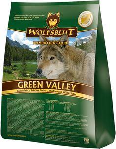 Getreidefreies Hundefutter: Wolfsblut Green Valley mit Lamm und Lachs überzeugt nicht nur durch die hochwertigen Inhaltsstoffe, sondern auch durch den guten Geschmack. #wolfsblut #healthfood24