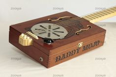 Useful Repurposed Guitar Ideas For Diy Enthusiasts - Best Craft Projects Making Musical Instruments, Homemade Instruments, Acoustic Guitar Case, Guitar Art, Guitar Pins, Guitar Tattoo, Cigar Box Guitar Plans, Ukulele Design, Cigar Box Crafts