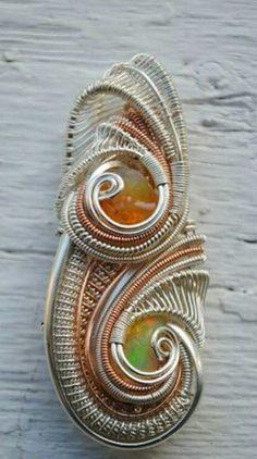 ©Tia Johnson #wirewrap #jewelry #wirewrapjewelry