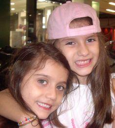 Mis amores...Camila y Valeria
